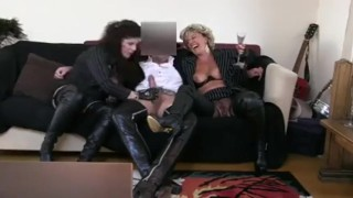 XXX Honey : Two Sexy Grannys in Leather amp Boots Sucking Dick